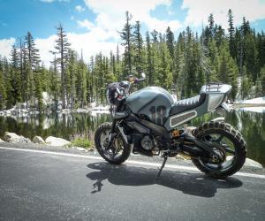 Новый мотоцикл Aprilia Tuono V4